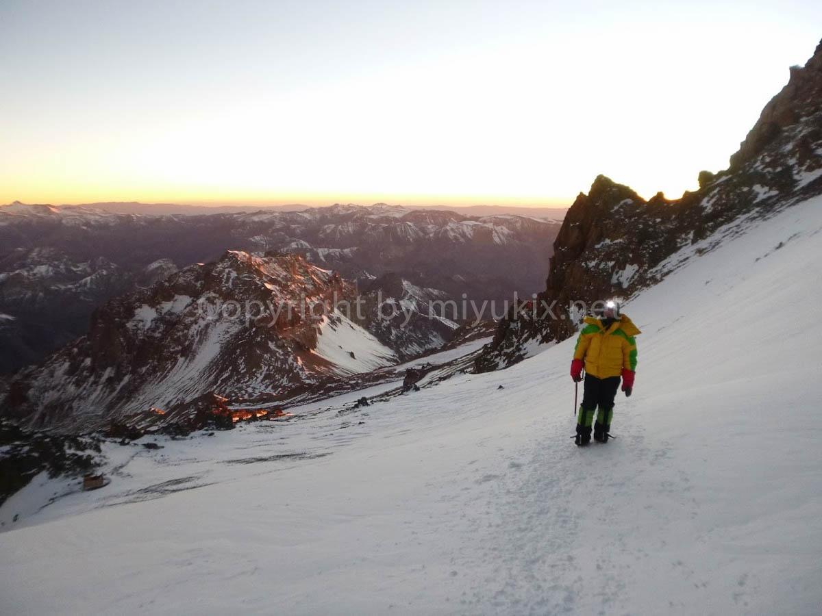 アコンカグア登山8日目・アタック日 夜明け Day of Attack Aconcagua Expedition