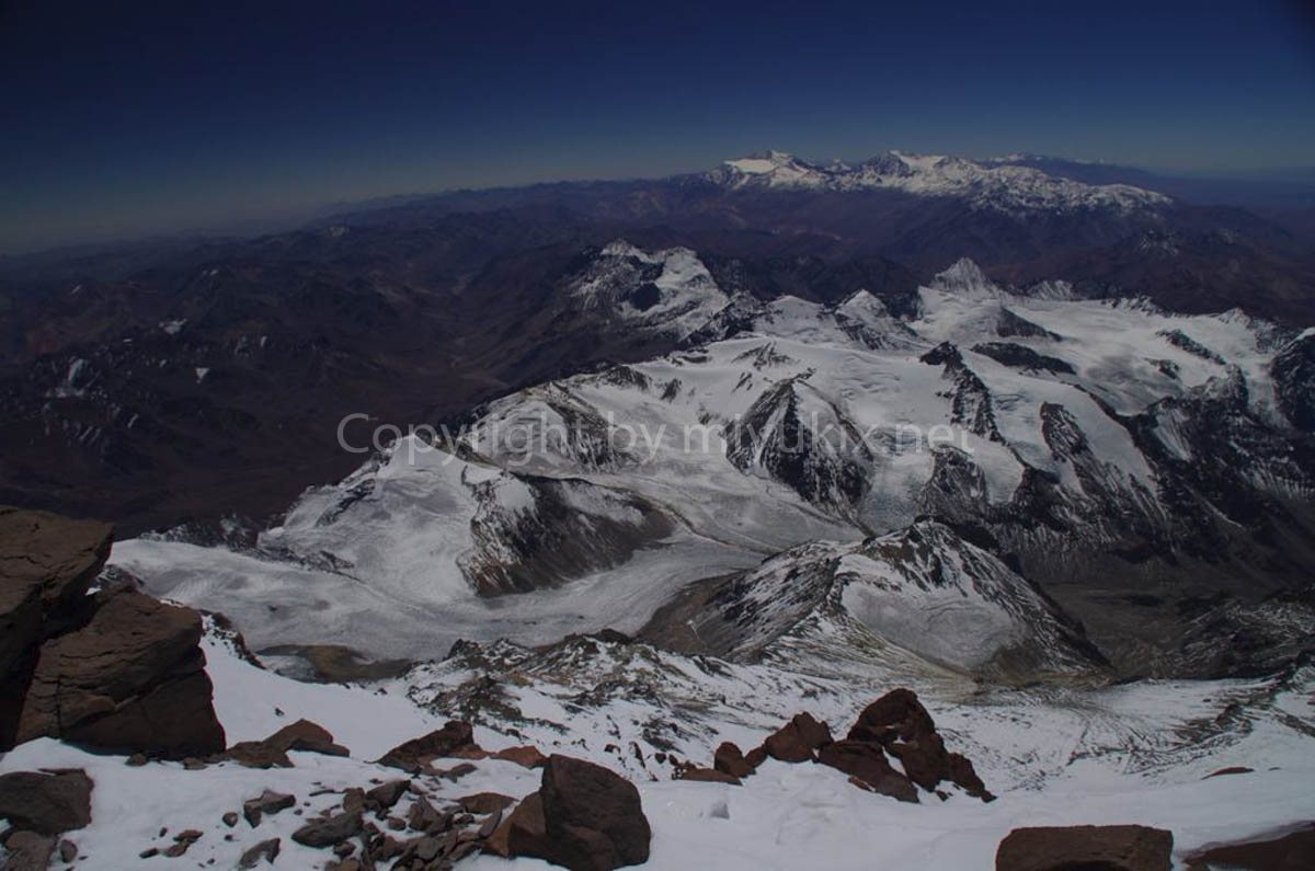 アコンカグア頂上から見るアンデス山脈 Summit Aconcagua Expedition