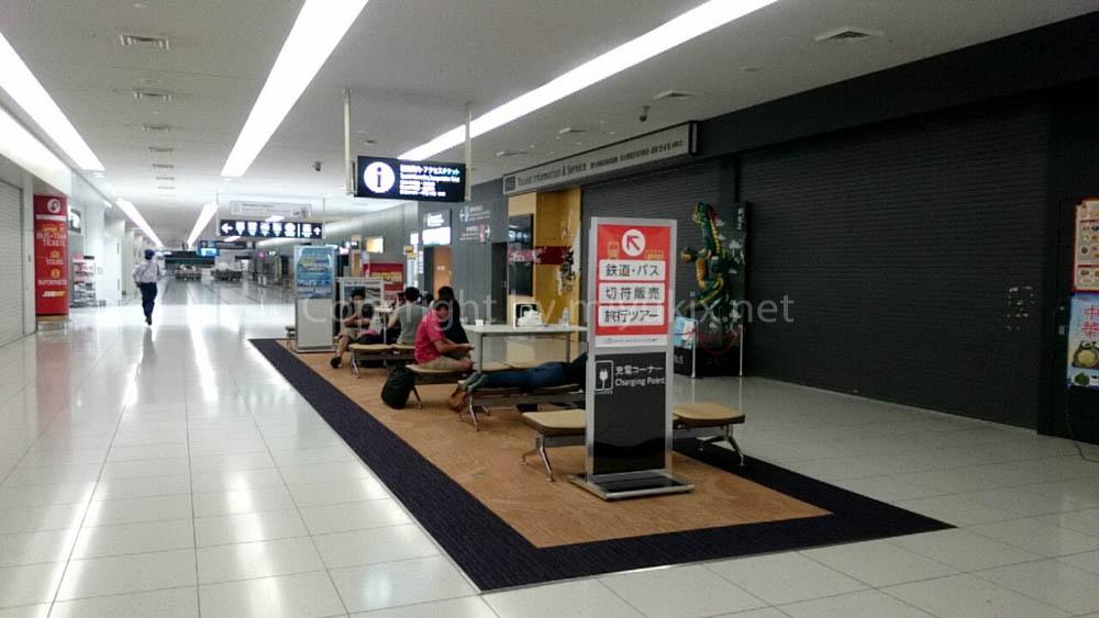 深夜のセントレア(中部国際空港)24時間開放エリア