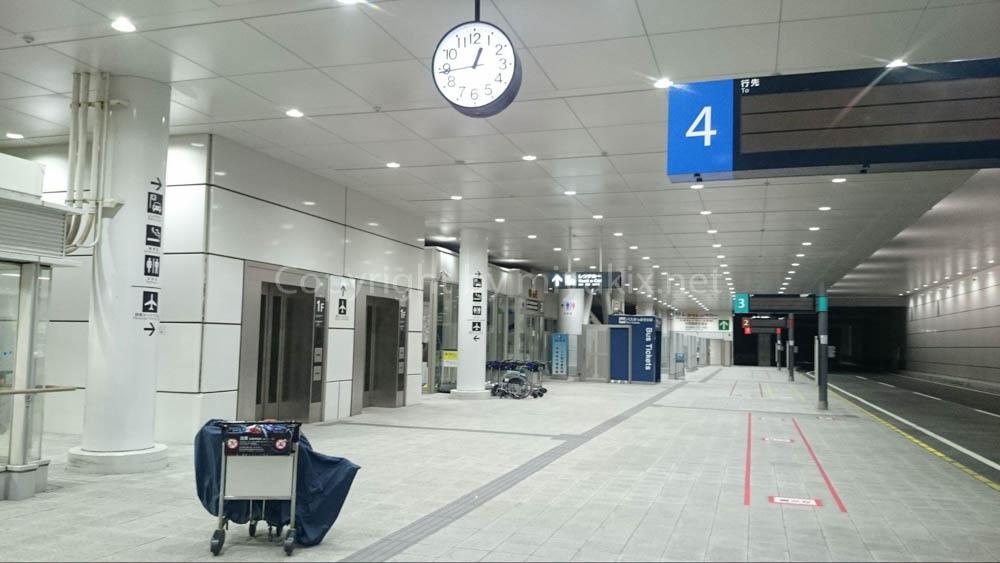深夜のセントレア(中部国際空港)唯一の脱出方法 名古屋駅行のバス乗り場