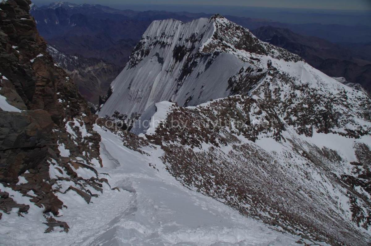 頂上付近から見るアコンカグア南壁 登山8日目・アタック日 South face from Summit Aconcagua Expedition