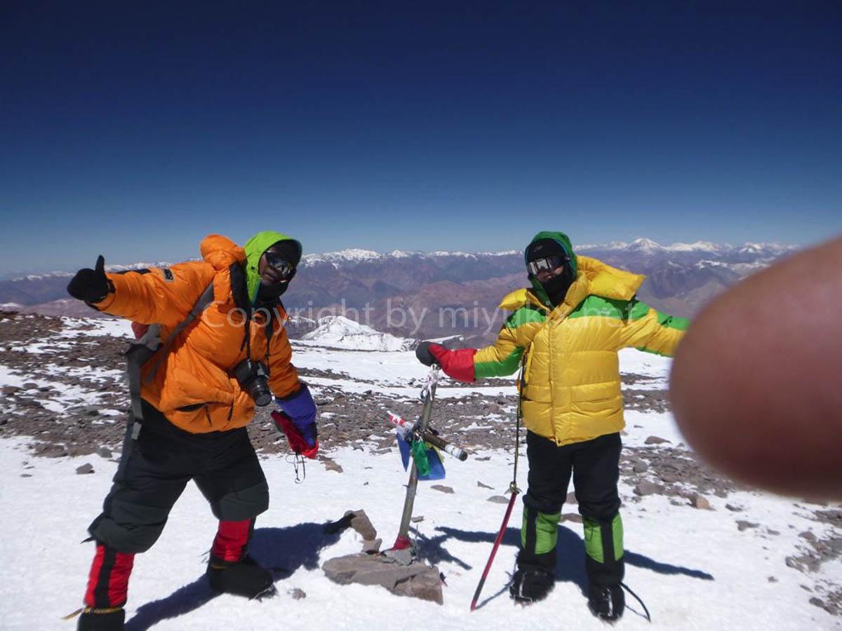 ゲームデザイナー貧乏OL!南米最高峰・アコンカグア登頂! summit Aconcagua Expedition