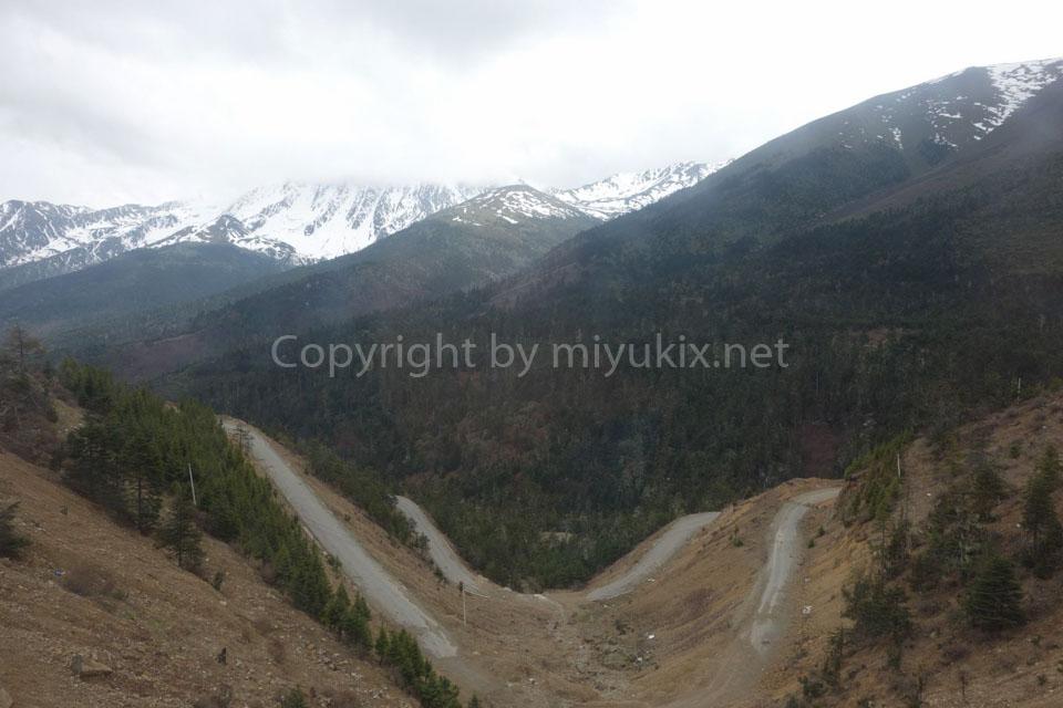 【中国雲南省】女ぼっちで聖山・梅里雪山へ行ってきた!(6)香格里拉~徳欽まで自転車で走ったら最高かも説wwwww