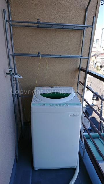 洗濯機をマンションベランダに設置&囲い(雨よけ日よけ)をDIYしてみた